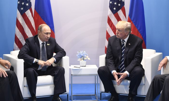 US to Withdraw From Open Skies Treaty, Trump Says Russia to Blame