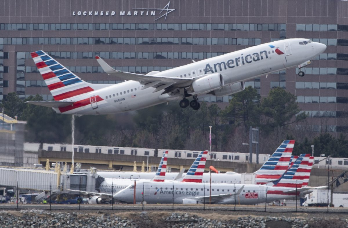 American airlines suspends flights venezuela