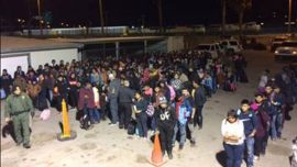 Border Agents Snag Over 400 Illegals In Span of Five Minutes