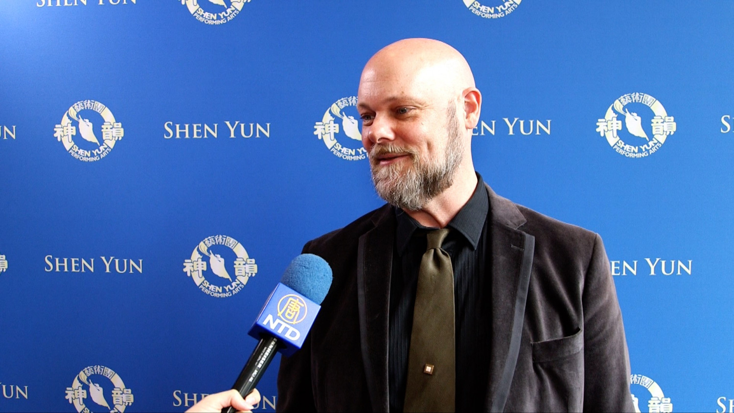 COO Touched by Shen Yun's Honesty