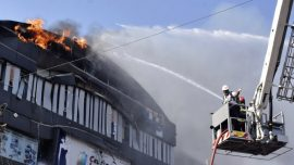 Fire in Commercial Center in India Kills at Least 17