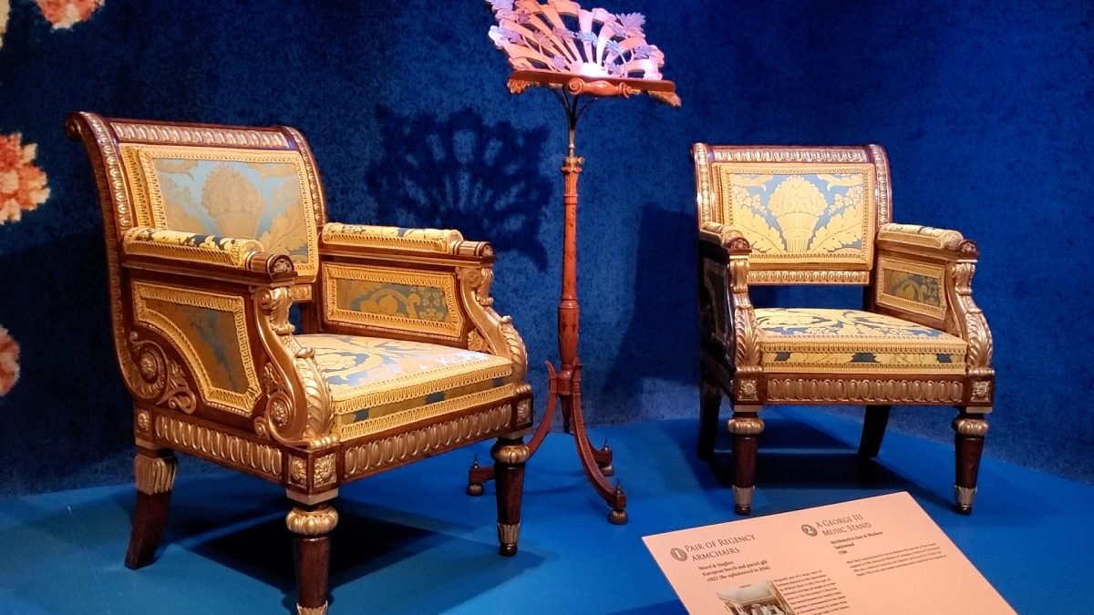 "Collection on display at Sotheby's ""Treasure from Chatsworth"" exhibition. (Shiwen Rong/NTD)"