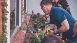 School Awards Credit to Students for Helping the Elderly and Disabled With Yard Work
