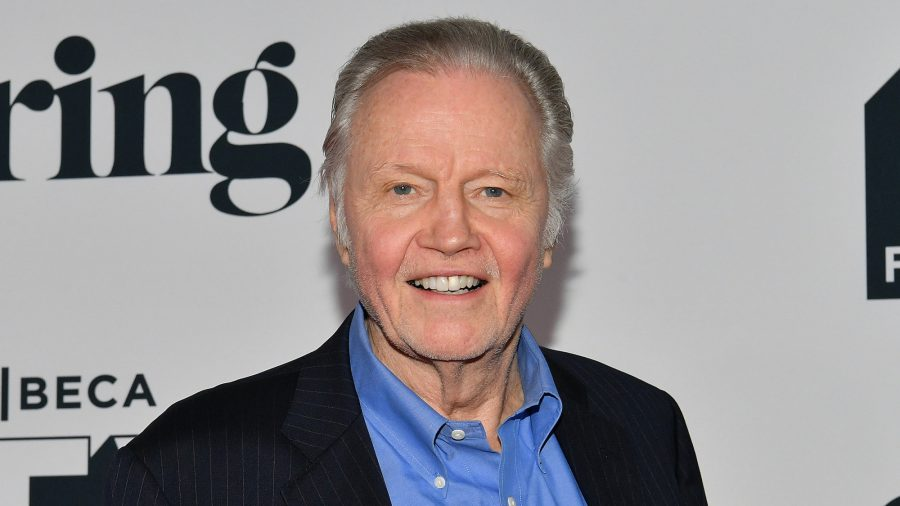 Watch: Actor Jon Voight Cleans Seats for Gold Star Families