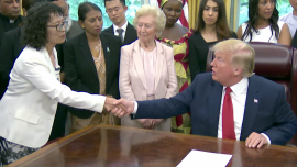 Trump Meets With Falun Gong Practitioner, Other Survivors of Religious Persecution