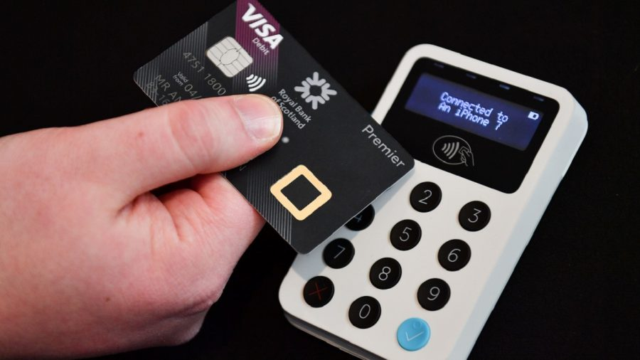 Cashier Arrested in Japan for Allegedly Using 'Photographic Memory' to Steal Credit Card Information of 1,300 Customers