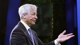 JP Morgan CEO Jamie Dimon Calls Bitcoin 'Worthless,' Says It Will Be Government Regulated