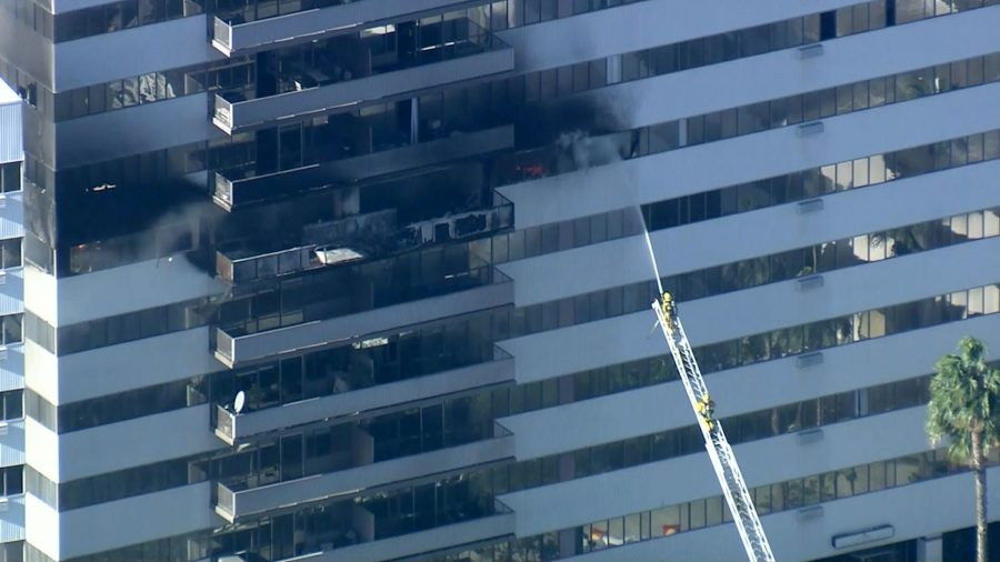 8 Injured in Los Angeles High-Rise Apartment Fire