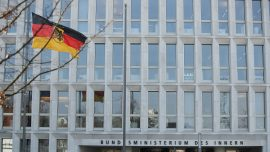 Chinese Regime Trying to Influence German Officials