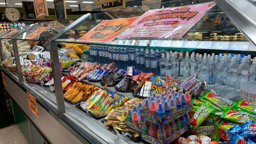 A Grocery Store Chain Filled Its Salad Bar With Beer, Cereal and Candy Because of CCP virus