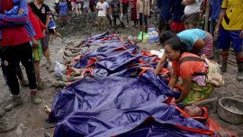 Landslide at Burma Jade Mine Kills at Least 162 People