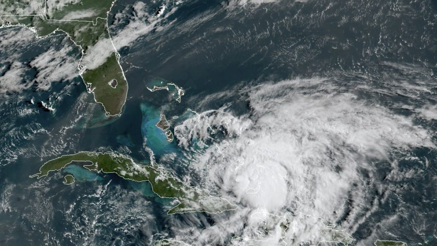 Hurricane Isaias Strengthens Slightly as It Bears Down on Florida