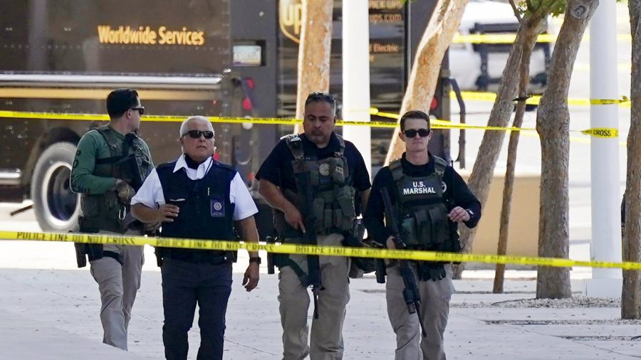 Officer Shot Outside Federal Courthouse in Phoenix