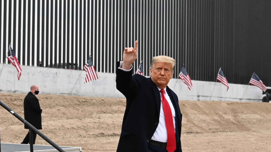 Full Video: Trump Delivers Remarks at the 450th Mile of New Border Wall