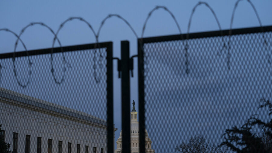 Capitol Fencing to Go Back Up Ahead of Sept. 18 'Justice for J6' Rally