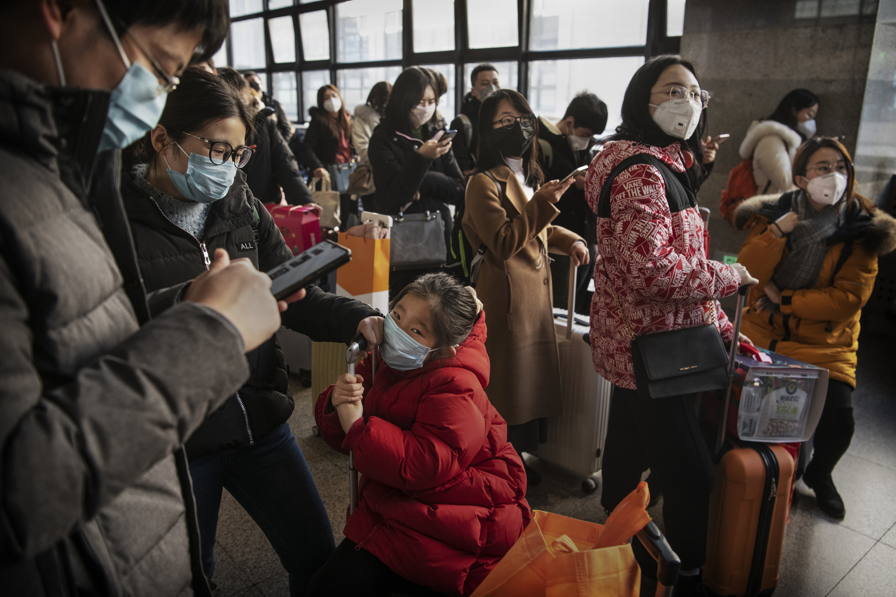 Chinese Viral Outbreak Could Be '10 Times the Scale of SARS,' Expert Says
