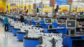 Walmart Shortens Its Hours Even Further and Takes New Measures to Fight CCP Virus