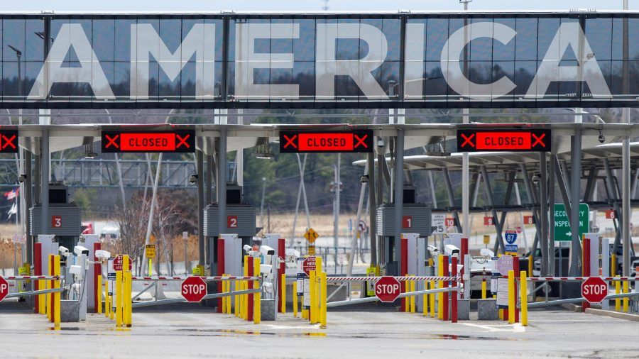US Extends Travel Restrictions at Northern, Southern Borders